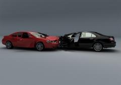 ①줄지 않은 교통사고 보험사기