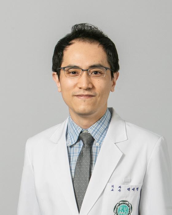 """백세현 이대서울병원 교수 """"진행된 갑상선암도 로봇수술이 안전하고 효과적"""""""