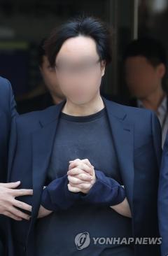 '프듀101 문자투표 조작 논란' 안준영 PD, 1심서 징역 2년 선고