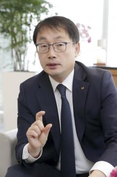 구현모 KT 사장, 코로나19 '글로벌 ICT 대응' 참여