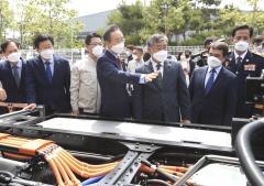 전북도, 국내 최대 완주 수소충전소 본격 가동…수소경제 대중화 드라이브