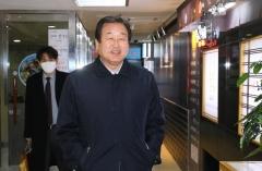 킹메이커 자청한 김무성, '마포모임' 가동
