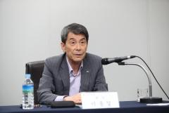 이동걸 마음 꿰찬 박정원 두산그룹 회장