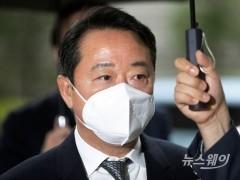 구속 면한 이웅열···한숨 돌린 티슈진