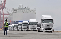 정부-현대차 만든 수소화물차 10대 스위스로 첫 수출