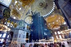 """이스탄불 성소피아 성당, 이슬람 '모스크'로 바뀐다…교황 """"깊은 슬픔"""""""