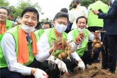 농정원-농식품부, 제21대 국회 생생텃밭 개장식...여야 의원들 참가
