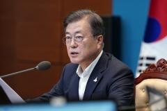 문 대통령, 정무수석 최재성·민정수석 김종호 내정