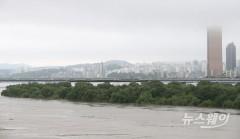 한강대교 홍수주의보 발령…수위 8.5m 근접