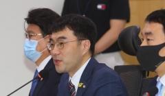 """최고이율 10% 이하로…""""서민을 위해"""" vs """"대부업 씨말려"""""""