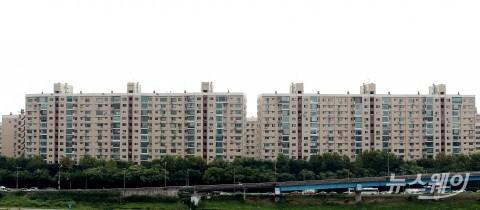 '文정부 5년' 서울 재산세 30% 상한 가구, 20배 이상 증가