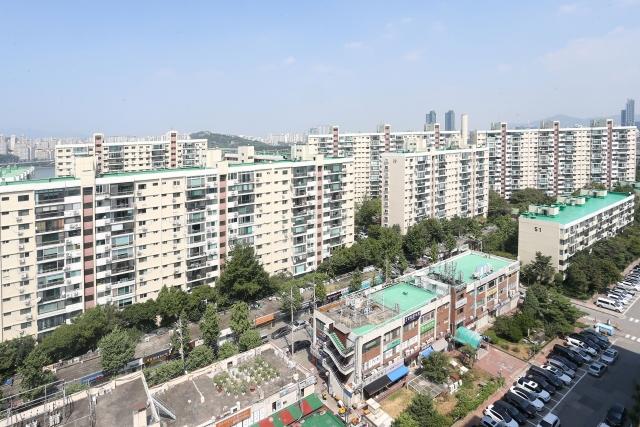 강남구, 평균 아파트 매매값 3.3㎡당 7000만원 돌파