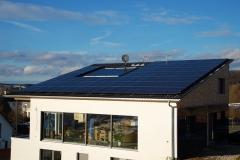 한화큐셀, 업계 최초 '韓 태양광 모듈 탄소 인증제' 1등급
