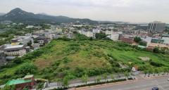 서울시-대한항공 송현동 부지 갈등에 끼인 LH