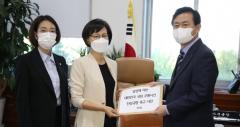 """국회 사무처 """"대기업 간부 출입기자증 악용 유감"""""""