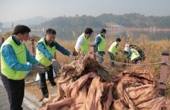 칠곡군의회, '자원봉사 릴레이 바톤터치 운동' 동참
