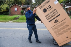 LG전자, '에너지스타 데이' 맞아 에너지 고효율 가전 기부