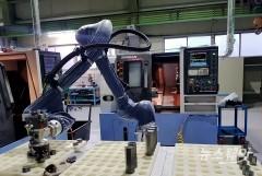 두산, 협력사 스마트공장 구축 10곳으로 늘린다…협동로봇 도입
