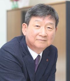 황현식 LG유플러스 사장, 입사에서 CEO까지 오른 '통신 전문가'