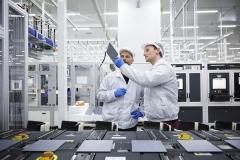 한화큐셀, 세계 최고 수준 '품질 검사 인증' 업계 최초 획득