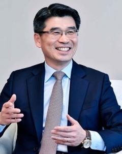 송호성 기아차 사장, 전기차 '티어1' 자신감···로고·슬로건까지 바꾼다
