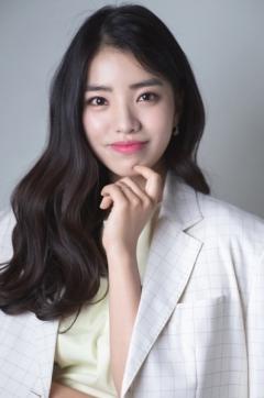 경복대 실용음악과 출신 뮤지컬 배우 김환희, 세계최초 AI 음반 레이블로 싱글앨범 발매