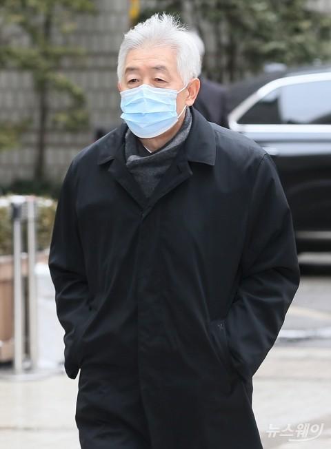 삼성 최지성·장충기도 징역 2년6개월 실형
