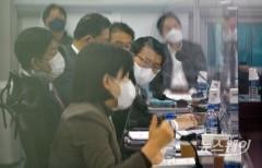 與 정무위, 공매도 제도개선 놓고 금융위와 논의