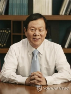 이정치 일동홀딩스 회장, 18년 만에 대표서 퇴임