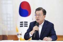 문 대통령 국정수행 지지율 38%···LH 사태 '악영향' 미친듯