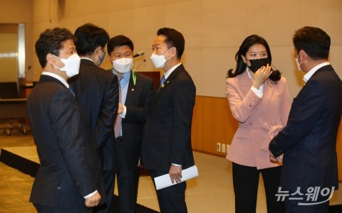 더불어민주당 초선 의원 비공개 모임