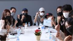 요우아그룹, 가상자산 예능 '점핑앤덤핑' 대본리딩 현장 공개