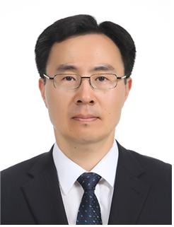 [he is]문승욱 산업부 장관 내정자···'산업정책통'