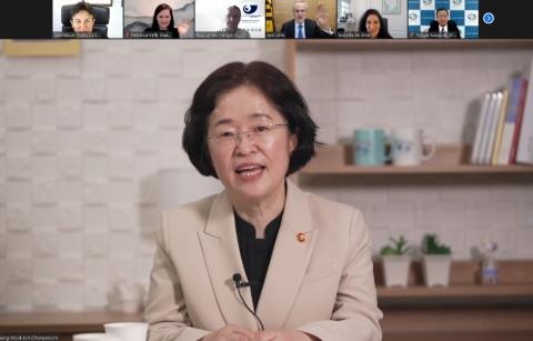 방통위vs공정위, '온라인 플랫폼법' 힘겨루기 여전