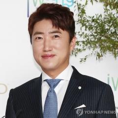'장동민 집·차 돌멩이 테러' 40대, 1심서 징역 8개월