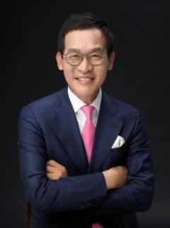 (주)뉴프라임 성점화 대표, 대구FC에 후원금 전달