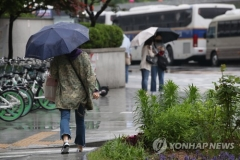 [내일 날씨]새벽 수도권·영서·충청 강한 비···밤부터 차차 그쳐