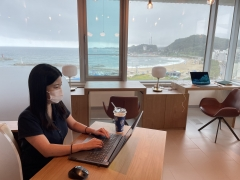 한화생명, 휴양지에서 일하는 원격근무지 제도 도입