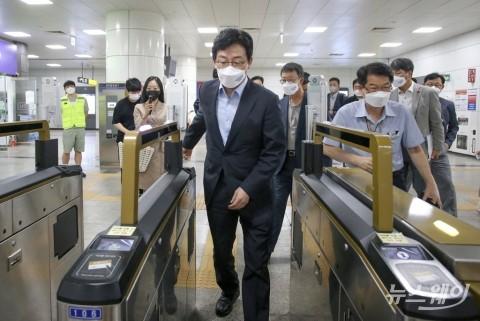유승민, GTX-D 연장 관련 김포 도시철도 현장방문