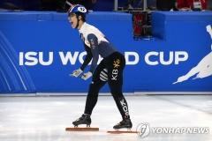 황대헌, 쇼트트랙 월드컵 1000m 우승···김지유 은메달