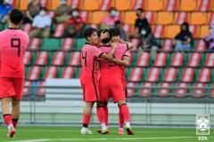 황선홍호 데뷔전 필리핀에 3-0 승리···이규혁·고재현 1골1도움